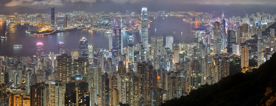 Hong Kong night-view-of-victoria-harbour-from-victoria-peak
